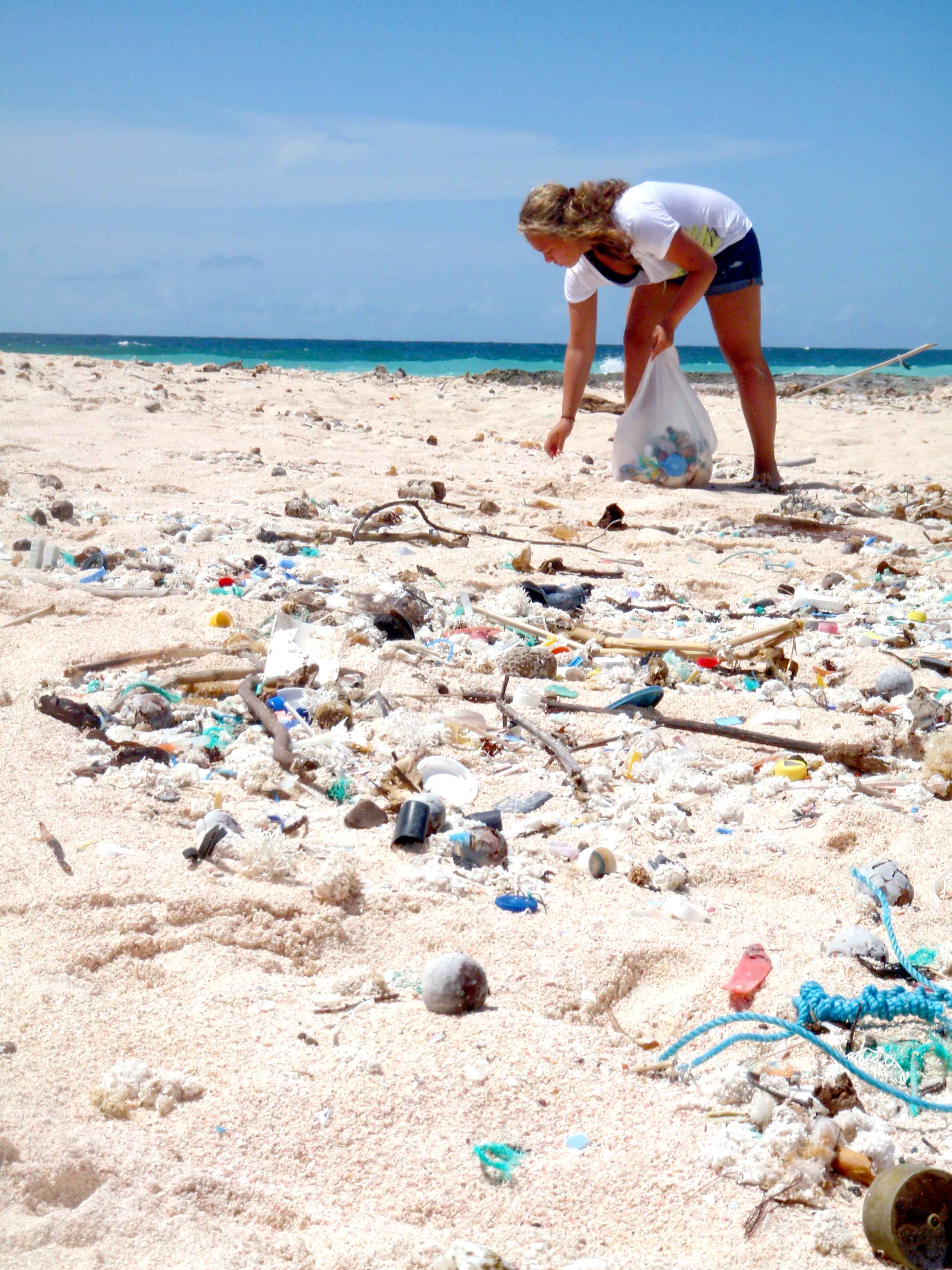 Bali The Two Sites Of An Island And Its Pollution The Perfect